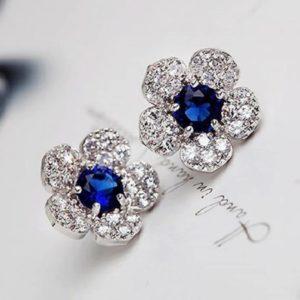 pendientes flor color plata y azul