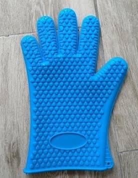guante azul silicona